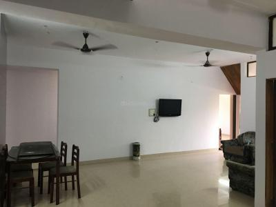 Gallery Cover Image of 1500 Sq.ft 2 BHK Apartment for rent in Churchgate for 100000