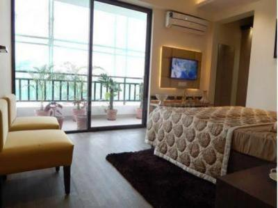 Gallery Cover Image of 1200 Sq.ft 2 BHK Independent Floor for rent in Crossings Republik for 5000