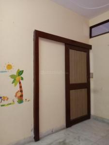 Gallery Cover Image of 500 Sq.ft 1 BHK Independent Floor for rent in Uttam Nagar for 7000
