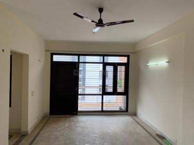 Gallery Cover Image of 1550 Sq.ft 3 BHK Independent Floor for rent in Roots Courtyard, Sector 48 for 22000