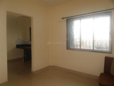 Gallery Cover Image of 450 Sq.ft 1 BHK Apartment for buy in Kandivali West for 3800000