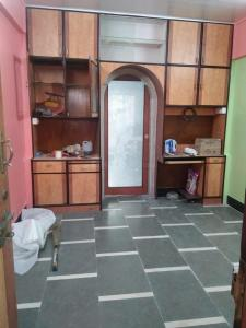 Gallery Cover Image of 300 Sq.ft 1 RK Apartment for rent in Parel for 25000