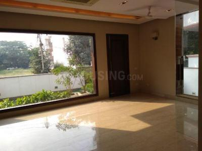 Gallery Cover Image of 5400 Sq.ft 5 BHK Independent House for buy in DLF Phase 2 for 80000000
