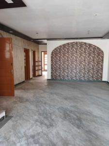 Gallery Cover Image of 1800 Sq.ft 2 BHK Apartment for rent in Paschim Vihar for 28000