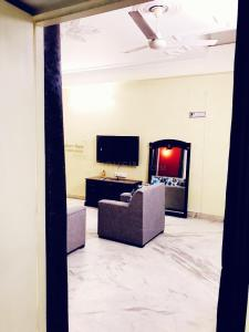 Living Room Image of Green Apple PG in Sector 22