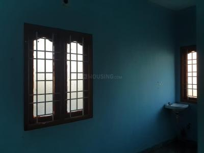 Gallery Cover Image of 200 Sq.ft 1 RK Independent House for rent in Karapakkam for 4700