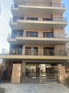Gallery Cover Image of 8640 Sq.ft 10 BHK Independent House for buy in Vipul Floors, Sector 48 for 41500000