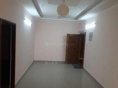 Gallery Cover Image of 980 Sq.ft 2 BHK Apartment for rent in Velachery for 15000