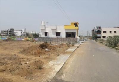Gallery Cover Image of  Sq.ft Residential Plot for buy in Kelambakkam for 3800000