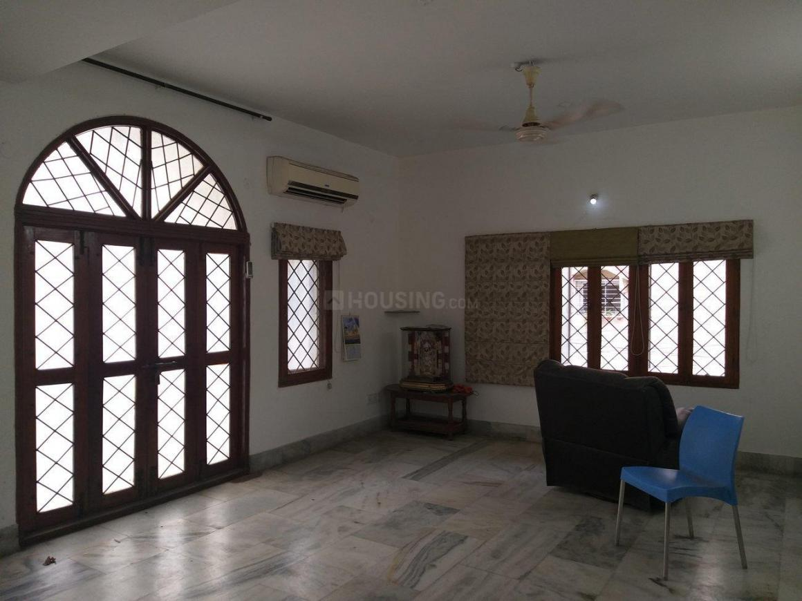 Living Room Image of 3500 Sq.ft 4 BHK Independent House for buy in Banjara Hills for 40000000