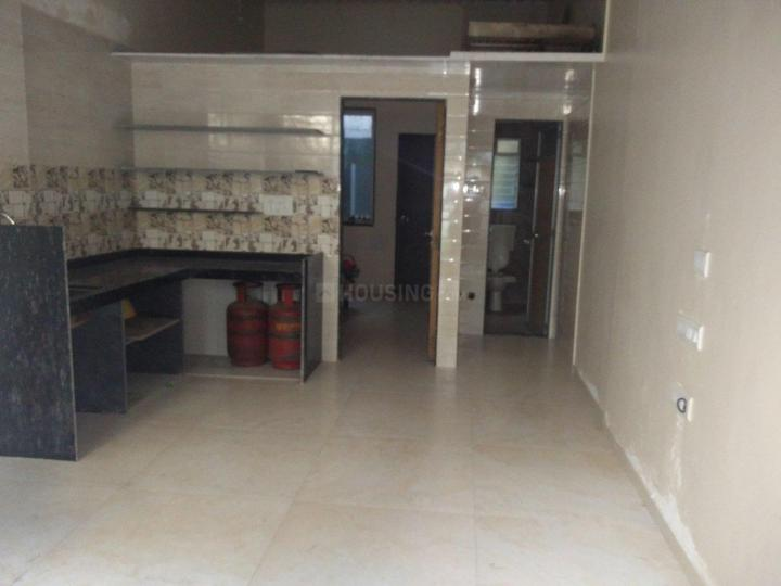 Living Room Image of 500 Sq.ft 1 BHK Independent House for rent in Mulund West for 13000