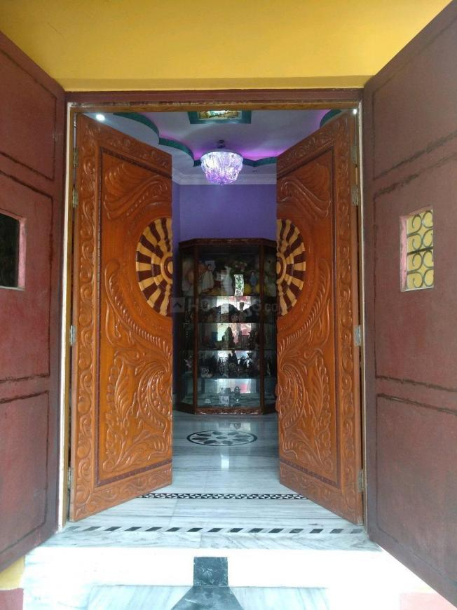 Main Entrance Image of 3850 Sq.ft 10 BHK Independent House for buy in Barasat for 21000000