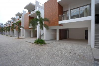 Gallery Cover Image of 4776 Sq.ft 4 BHK Villa for buy in Neelankarai for 52500000