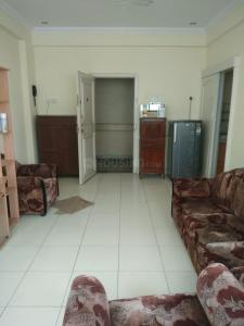 Gallery Cover Image of 600 Sq.ft 1 BHK Apartment for rent in Sneh Sadan, Colaba for 70000