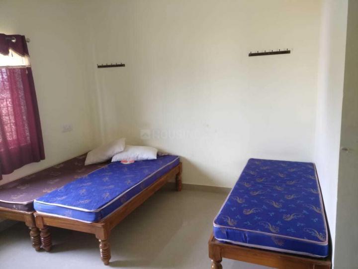 मार्गोंदनहल्ली में अग्रवाल पीजी के बेडरूम की तस्वीर