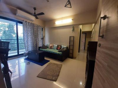 Gallery Cover Image of 571 Sq.ft 1 BHK Apartment for rent in Santacruz East for 50000