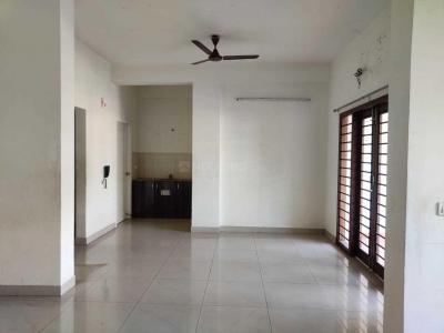 Gallery Cover Image of 2000 Sq.ft 3 BHK Apartment for rent in Landmark Mahalakshmi, Ashok Nagar for 50000