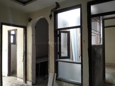 Gallery Cover Image of 450 Sq.ft 1 BHK Apartment for buy in Munirka for 2700000