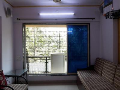 Gallery Cover Image of 650 Sq.ft 1 BHK Apartment for rent in Dahisar West for 23000