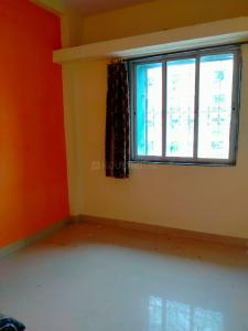 Gallery Cover Image of 420 Sq.ft 1 BHK Apartment for rent in Mahada New Tower, Malad West for 14550