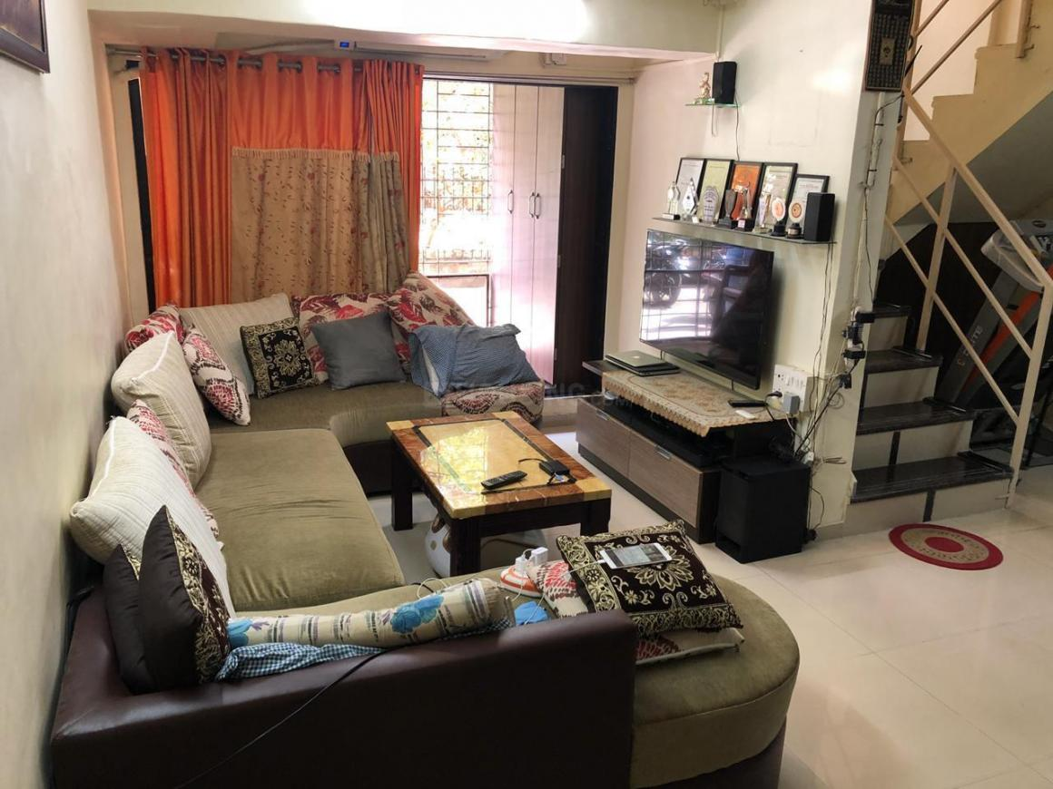 Living Room Image of 1500 Sq.ft 2 BHK Independent House for buy in Mira Road East for 11000000