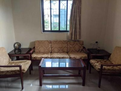 Gallery Cover Image of 600 Sq.ft 1 BHK Apartment for rent in Teresa Triumph Building, Andheri East for 30000