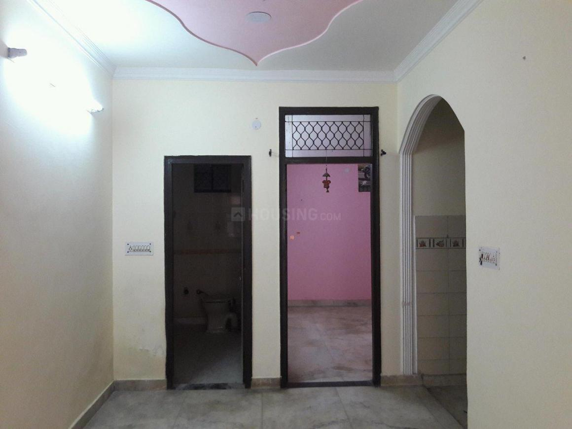 Living Room Image of 450 Sq.ft 1 BHK Independent Floor for buy in Hari Nagar for 2700000