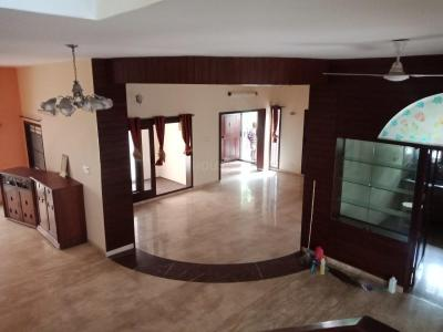 Gallery Cover Image of 6500 Sq.ft 5 BHK Independent House for rent in Koramangala for 150000
