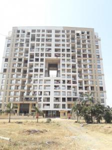 Gallery Cover Image of 1500 Sq.ft 3 BHK Apartment for buy in Kalyan West for 11100000