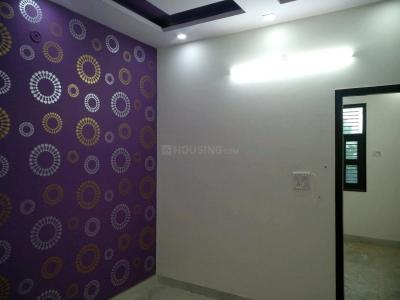 Gallery Cover Image of 550 Sq.ft 2 BHK Apartment for buy in Uttam Nagar for 2500000