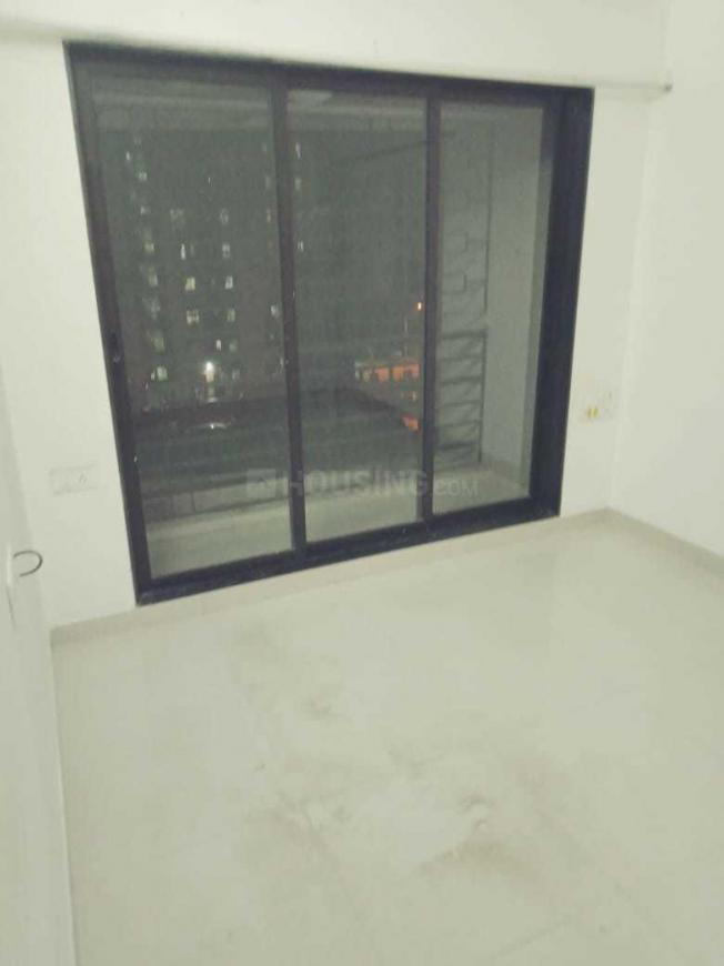Bedroom Image of 999 Sq.ft 2 BHK Apartment for rent in Kandivali West for 36000