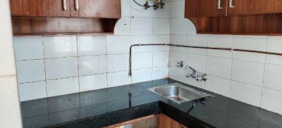 Gallery Cover Image of 650 Sq.ft 1 BHK Apartment for rent in Saraswati Narmada Apartments, Vasant Kunj for 22000