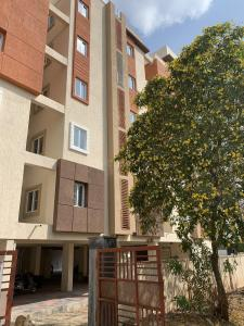Gallery Cover Image of 1100 Sq.ft 2 BHK Apartment for buy in Sainikpuri for 4500000
