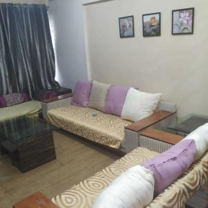 Gallery Cover Image of 1145 Sq.ft 2 BHK Apartment for rent in Fursungi for 27000