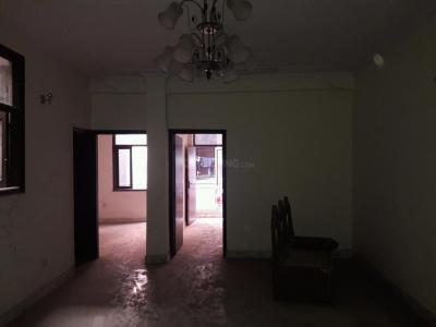 Gallery Cover Image of 1350 Sq.ft 3 BHK Apartment for rent in DLF Farms for 25000