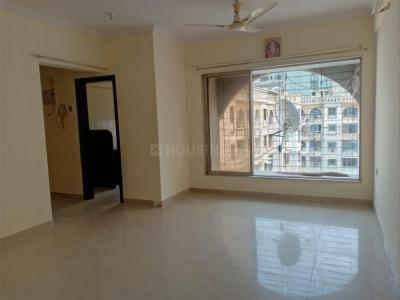 Gallery Cover Image of 900 Sq.ft 2 BHK Apartment for rent in Raheja Eastate, Borivali East for 28000
