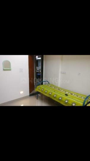 शिवाजी नगर में गर्ल्स पीजी में बेडरूम की तस्वीर