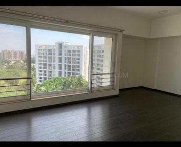 Gallery Cover Image of 3850 Sq.ft 4 BHK Apartment for rent in Amar Renaissance, Ghorpadi for 120000