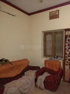 Gallery Cover Image of 650 Sq.ft 2 BHK Apartment for rent in Ambattur for 8000