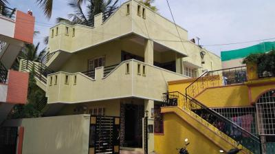 Gallery Cover Image of 600 Sq.ft 2 BHK Independent House for rent in Ramamurthy Nagar for 15000