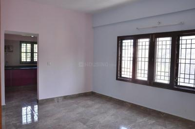 Gallery Cover Image of 900 Sq.ft 2 BHK Apartment for rent in Hebbal for 16250