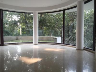 Gallery Cover Image of 4500 Sq.ft 3 BHK Independent Floor for rent in Safdarjung Development Area for 225000