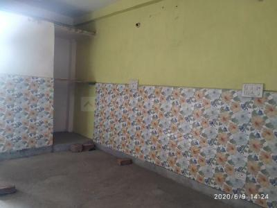 Gallery Cover Image of 450 Sq.ft 1 BHK Independent Floor for buy in Sector 33 Rohini for 1800000