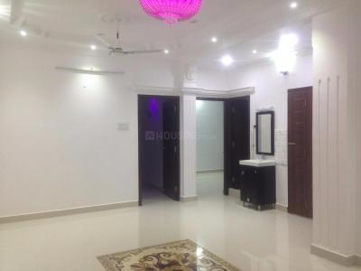 Gallery Cover Image of 1256 Sq.ft 3 BHK Apartment for rent in CIT Nagar for 28000
