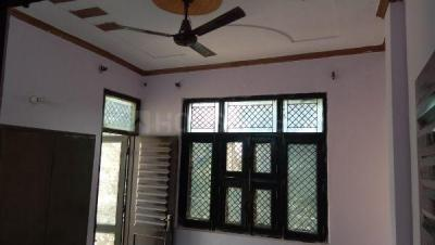 Gallery Cover Image of 850 Sq.ft 3 BHK Independent Floor for rent in Sector 25 Rohini for 15000