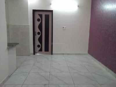 Gallery Cover Image of 650 Sq.ft 1 BHK Independent Floor for buy in Vaishali for 2425000