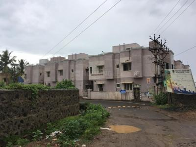 Gallery Cover Image of 640 Sq.ft 1 BHK Apartment for rent in Mahalakshmi Apartments, Pammal for 6500