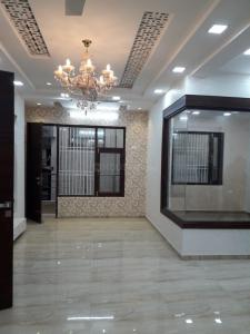 Gallery Cover Image of 1850 Sq.ft 4 BHK Independent Floor for buy in Niti Khand for 11500000