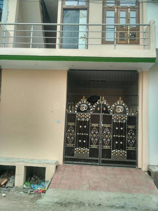 Building Image of 1100 Sq.ft 3 BHK Independent House for buy in Jarauli for 4800000