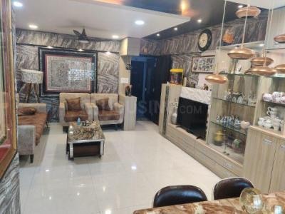 Gallery Cover Image of 1250 Sq.ft 2 BHK Apartment for rent in Gurukrupa Marina Enclave, Malad West for 45000